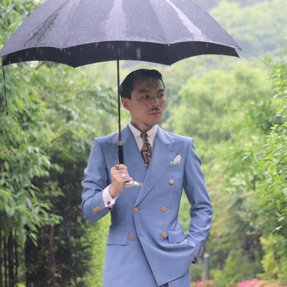 雨の日をアクセサリーに変えて